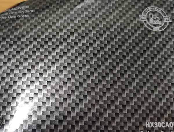 HX30CAONEB Угольный карбон под лаком 1,52 пог.м
